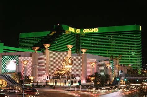 las vegas the grand the the casinos the mob the books file lasvegas mgmgrand jpg