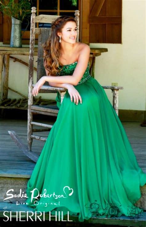 sherri hill    wrong prom dress
