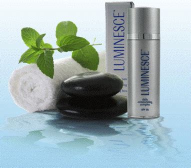 Serum Wajah Luminesce pelembab wajah krim pagi luminesce dailly moisturizing complex