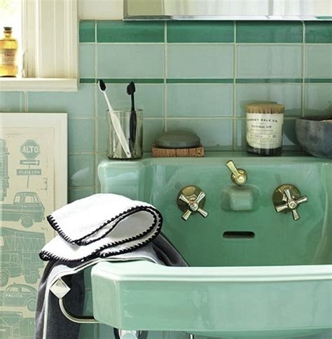 hipster bathroom ideas 25 best ideas about mint green bathrooms on pinterest
