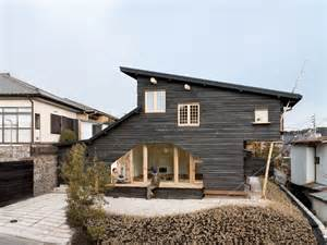 japanese homes the well appointed catwalk the architecture of terunobu