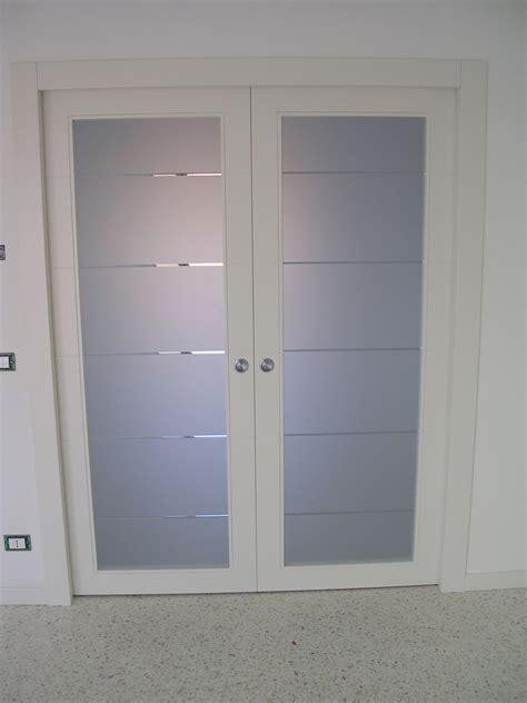porta ingresso vetro porta scorrevole a due ante a vetri laccata