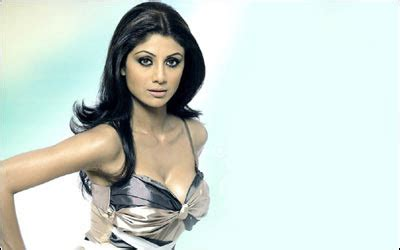 Shilpa Shetty Is The New Bond by Shilpa Shetty Look Like A Bond All
