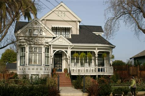 victorian house which appearance style do you find most attractive for a