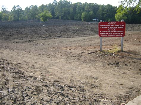 Find In Arkansas Big Diamonds To Be Found At The Crater Of Diamonds State Park How To