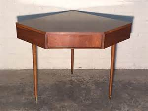 Small Corner Desk Mid Century Broyhill Mid Century Modern Corner Desk Vintage Mad