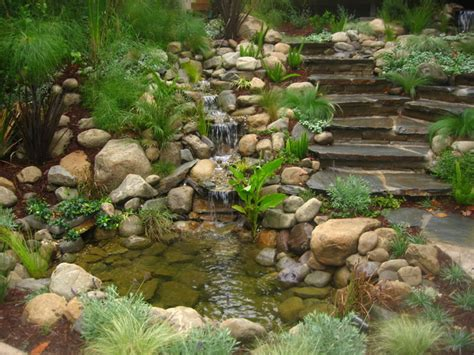 water features contemporary landscape los angeles