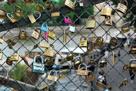 cadenas d amour definition la bourde french word a day