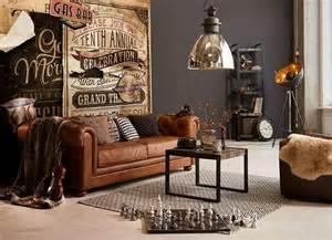 Best 20  Vintage leather sofa ideas on Pinterest   Leather