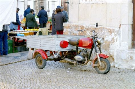 Dreir Driges Auto by Dreir 228 Driges Moped Mit Integrierter Ladefl 228 Che Portugal