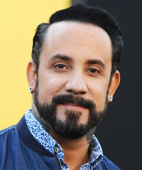 Howie At Home by Backstreet Boy Aj Mclean Expecting Baby No 2 Instyle Com