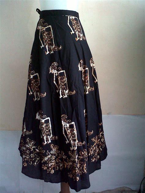 Rok Lilit 4670 jual rok lilit batik sogan rok lilit batik hitam panjang