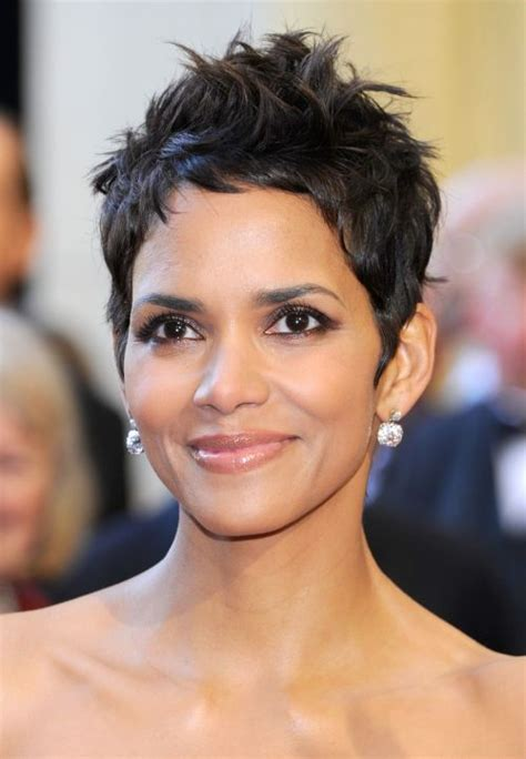 hairstyles when halle berry haircuts short long hair pixie curly
