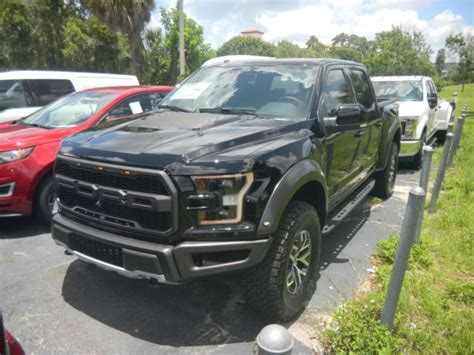 ford   svt raptor crew cab truck navigation moon roof  black  luxury vehicle