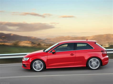 Audi A3 (2013) picture 44 of 145