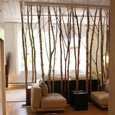 imagenes de biombos minimalistas c 243 mo separar espacios con biombos reciclados decorar espacio