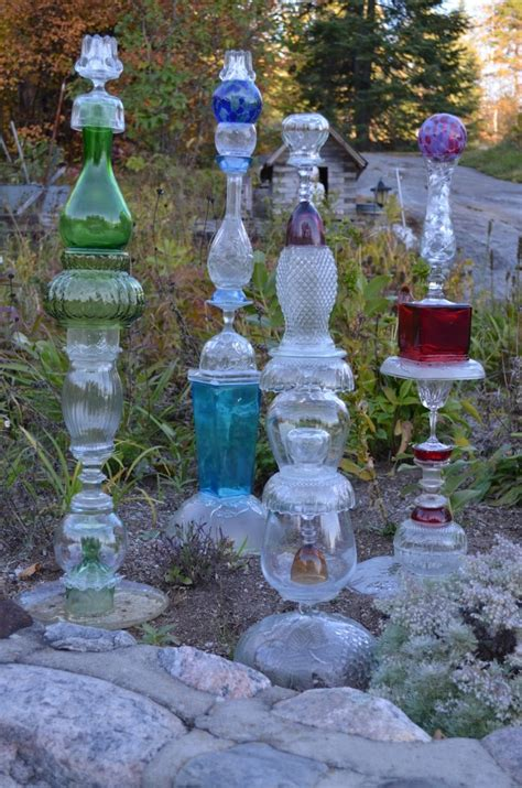 glass garden ideas garden totems 28 design ideas in glass ceramic mosaic