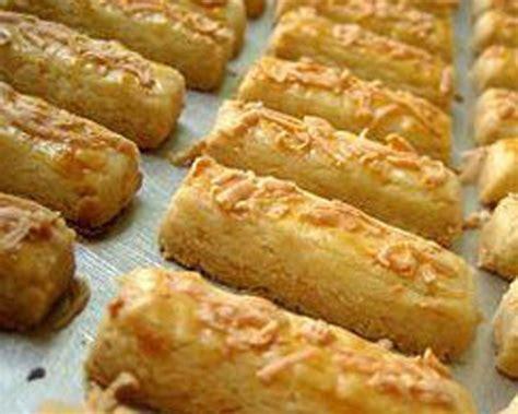 resep membuat kue kering hias cara membuat resep kue keju kering renyah resepumi com