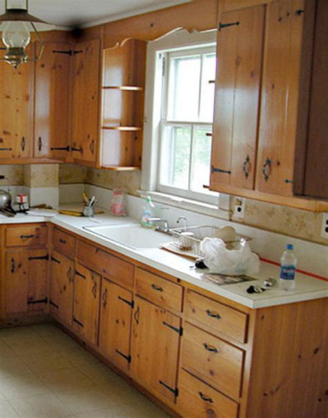 ideas for kitchen remodeling ideas on how to remodel a small kitchen decobizz