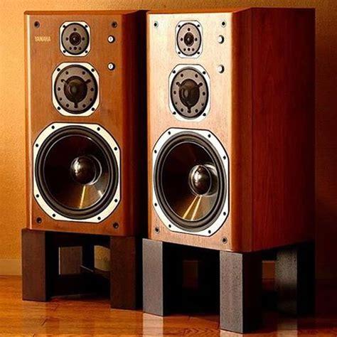 high fidelity speakers turntable vinyl reel