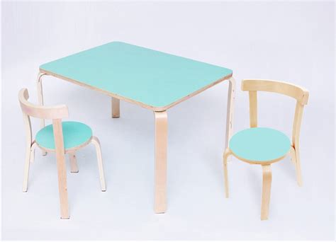 Toddler Table And Chairs by Toddler Melamine Top Desk 2 Chairs Prd Furniture