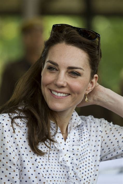 kate middleton kate middleton turns june cover girl for vogue magazine