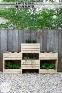 how to build a vertical planter c r a f t