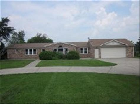 houses for sale in monroe michigan 2988 stewart rd monroe michigan 48162 bank foreclosure info reo properties and