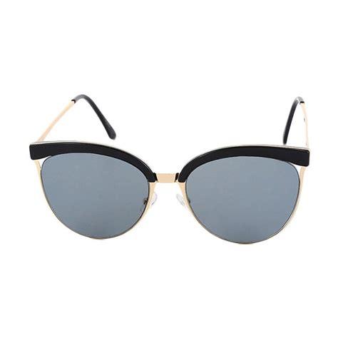 Cannice Kacamata Hitam bergaya retro vintage dengan 9 model kacamata jadul yang