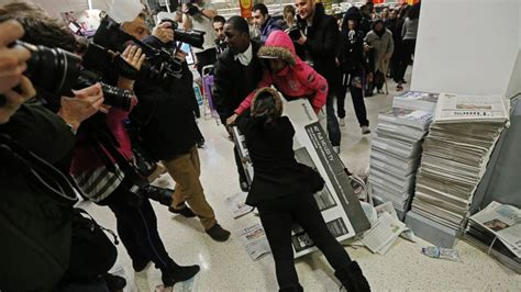 craziest moments  black friday shopping abc news
