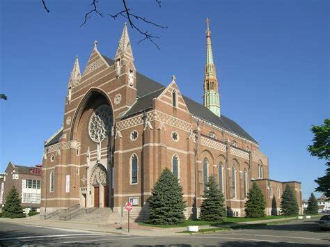 churches lansing mi