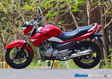 Suzuki Can Can Suzuki Inazuma Take On 250r Honda Cbr250r