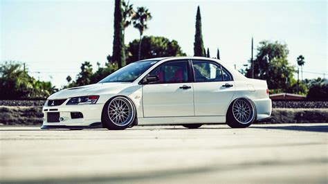 white mitsubishi evo wallpaper mitsubishi lancer evo wallpapers wallpaper cave