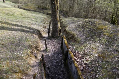 Englische Motorr Der Berlin by The Scars Of World War I Battlefields A Century Later