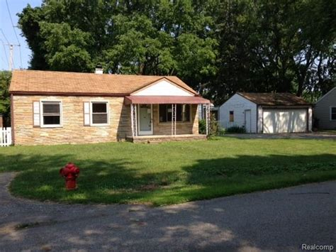 foreclosed homes in plymouth mi 48170 houses for sale 48170 foreclosures search for reo