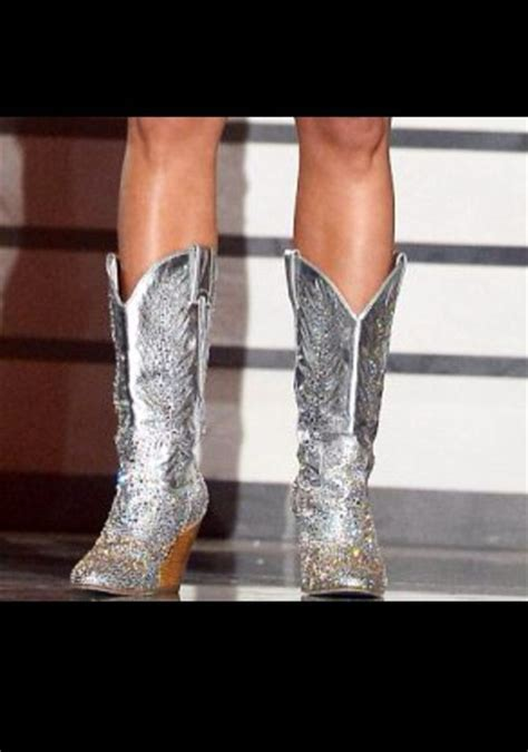 miranda lambert cowboy boots shoes silver cowboy boots miranda lambert rhinestones