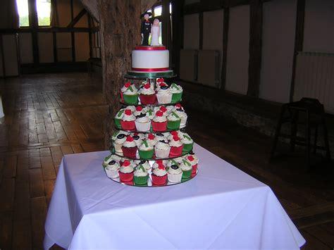 cupcake wedding cakes julie s creative cakesjulie s creative cakes