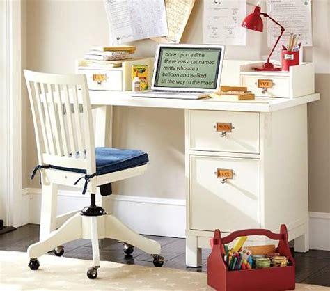 Small Child S Desk Schoolhouse Basic Desk Small Hutch Pottery Barn