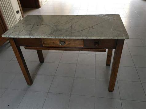 cerco tavolo da cucina tavolo antico da cucina marmo e legno a parabiago