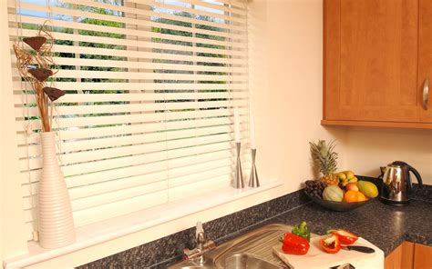 Venetian Roller Blinds Kitchen Blinds Roller Venetian More Expression Blinds