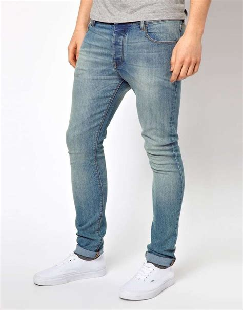 light blue wash jeans mens how to wear light wash jeans men www imgkid com the