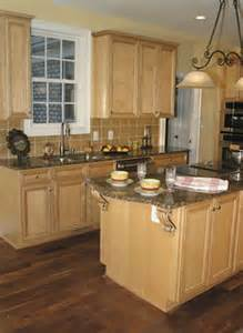 Maple Kitchen Cabinets With Granite Countertops Granite Countertops With Maple Cabinets