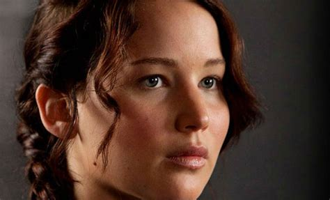 the hunger games clip see katniss apple shot wired