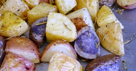 tri color potatoes conscious eatery garlic rosemary roasted tri color potatoes