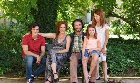 casa famiglia fiction la strada di casa le anticipazioni dell ultima puntata