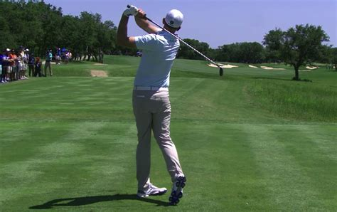 slow motion camera for golf swing brendan steele s golf swing in slow motion californiagolf