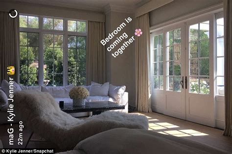 bedroom tricks for her kylie jenner takes to snapchat to show off progress of her