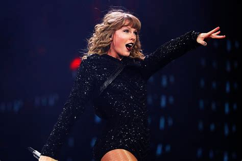 taylor swift reputation tour india taylor swift s reputation tour is coming to netflix