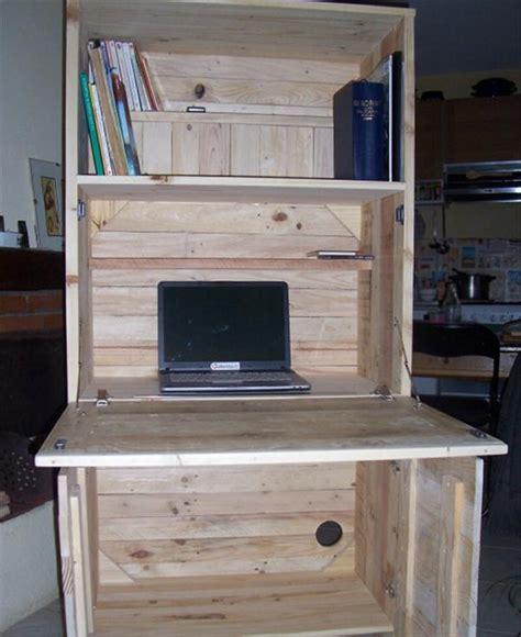 diy wood desk diy pallet computer desks recycled things