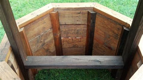 How To Build A Wishing Well Planter by How To Build A Wishing Well From Pallets Plans Diy Free
